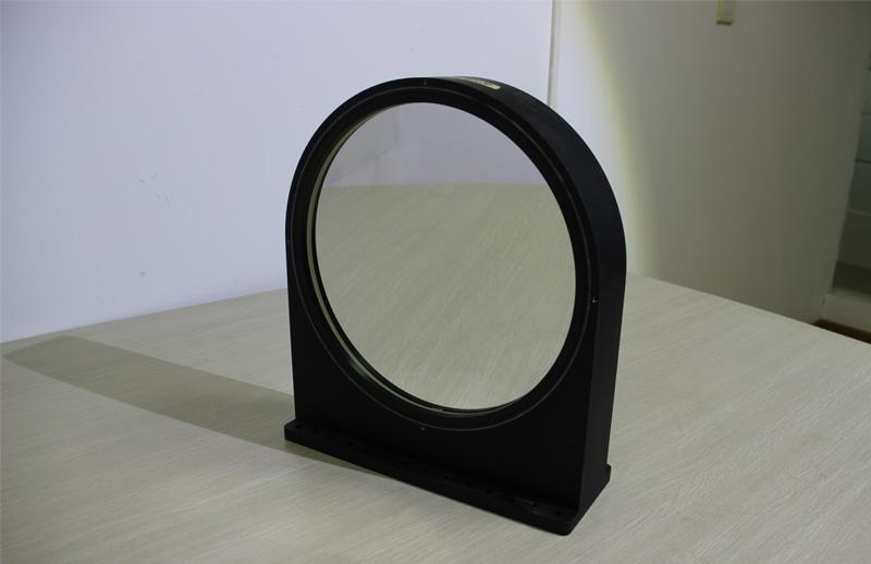 共轴大口径主次抛物面镜组合